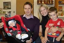 Výherní miminko měsíce července se jmenuje Adam Breburda a bydlí v Čerčanech.
