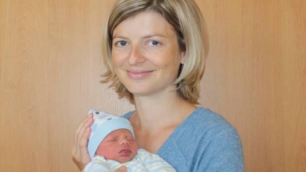 Prvorozeným synem Petry Svobodové a Michala Páleníka z Čerčan se 5. září v 3.03 stal malý Tobiáš. Na svět přišel s váhou 2,45 kilogramu a mírou 47 centimetrů.