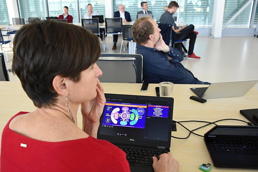 Setkání zástupců středočeského krajského úřadu, Českých radiokomunikací a Centra města budoucnosti CIIRC při ČVUT v Praze