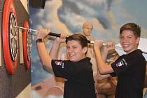 Václav Šplíchal a Daniel Varga pojedou ve dnech 13. až 16. července na Mistrovství  Evropy juniorů v šipkách do Maďarska.