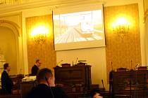 O nutnosti pozměnit novelu zákona o urychlení výstavby dopravní infrastruktury se hovořilo v poslanecké sněmovně při konferenci o železniční dopravě.