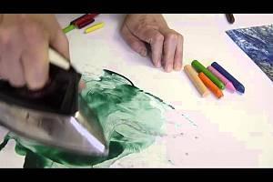 Výroba obrazů žehličkou a voskem