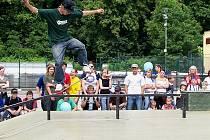 Skatepark ve Vlašimi si místní vyznavači prkének s kolečky oblíbili. Teď k nim přijedou kolegové z Votic