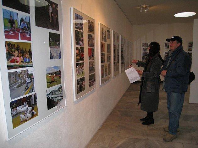 Snímky budou při Benešov Press Photo vystaveny znovu v Městské výstavní síni v poliklinice na Malém náměstí.
