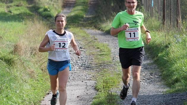 Na běh Od nevidim do nevidim  se vydalo čtyřicet běžců.