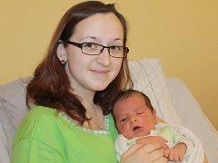 Prvorozeným synem Kateřiny Setničkové a Jana Pospíšila ze Šternova se 13. března v 18.57 stal malý Jan. Sestřičky v porodnici mu při příchodu na svět navážily 4,44 kilogramu a naměřily 54 centimetrů.