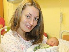 Padesátým miminkem letošního roku je Adélka, která se narodila 18. ledna v 19.52. Při příchodu na tento svět vážila 2,43 kilogramu a měřila 45 centimetrů. Z prvorozené dcery se radují manželé Věra a Aleš Zvolští z Nové Hospody u Kamenice.