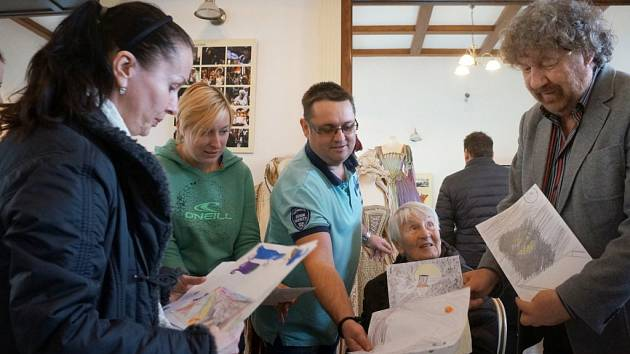 Exkurze Alzheimercentra z Průhonic ve vlašimské Galerii Občanská záložna.