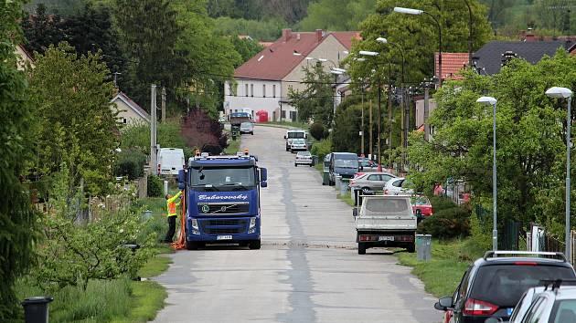 Páteřní cyklotrasa bude procházet od Opřetic také bystřickou ulicí Karla Nového.