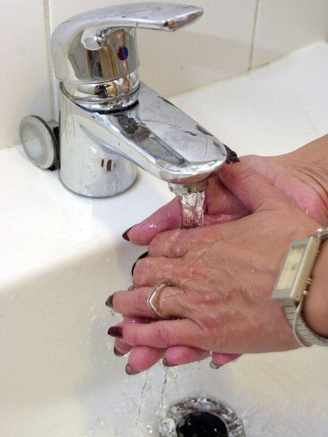 V Bystřici se lidé ocitli bez možnosti si umýt ruce či spláchnout záchod.