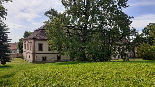 Zámecký park v Načeradci otevřel své prostory pro veřejnost.