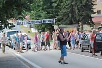 Protesty v Olbramovicích kvůli oddalování stavby obchvatu.
