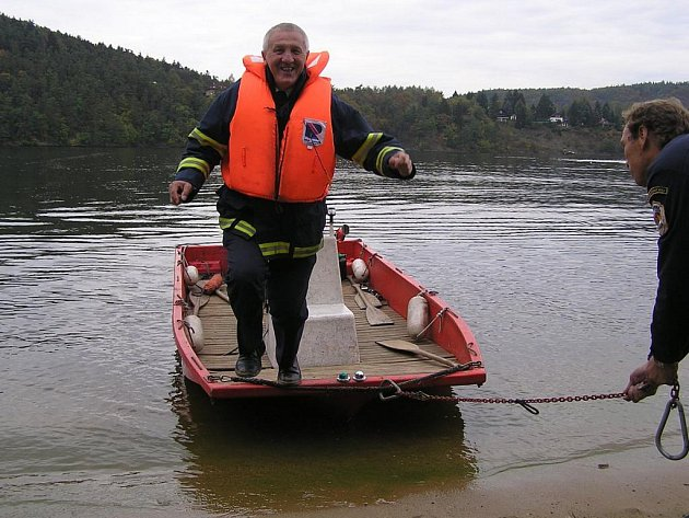 Ředitelem Územního odboru Hasičského záchranného sboru Benešov je Josef Setnička.