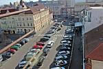 Benešov při pohledu ze střechy kostela sv. Anny - jižní část náměstí.