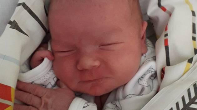 Rodičům Veronice a Davidovi Pelantovým z Liberce se v jablonecké porodnici 26. března 2021 v 17.10 hodin narodil syn Matěj s váhou 3580 g a délkou 51 cm. Doma se na Matěje těšili bráškové Matyášek a Mikulášek.