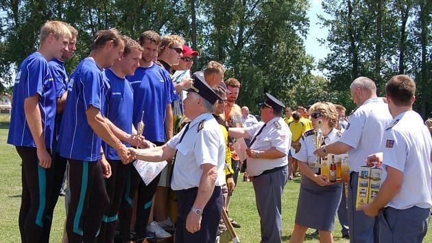 Družstvo z Louňovic si v Nymburku vybojovalo  2. místem postup na Mistrovství ČR