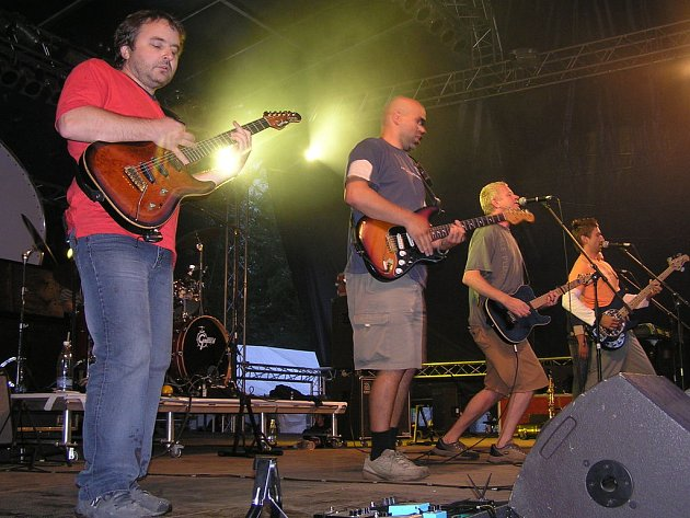 Mňága a Žďorp začínají v Olomouci turné.