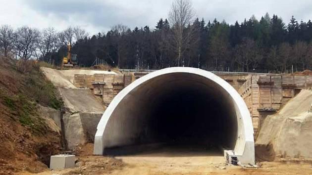 Tunel Mezno.