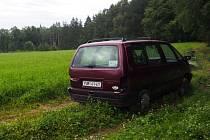 Vrak v lese u Pozova.