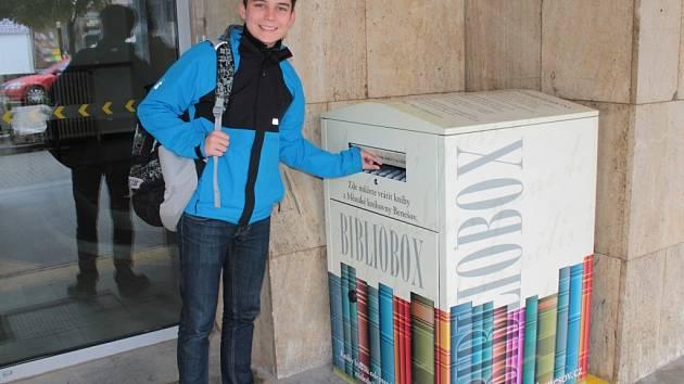 Bibliobox v Benešově.