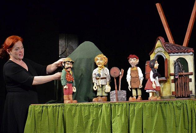 Autorskou pohádku Ostatečné Margitce představí Bářino toulavé divadlo vTýnci nad Sázavou.