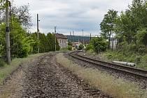 Oblouky trati z Prahy do Tábora se u Votic změní na cyklostezku.