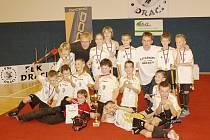 Draci z Poříčí nad Sázavou dělají trenérům a rodičům radost a na domácí turnaji se radovali ze zlatých medailí.