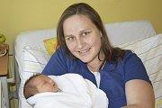 Malý Jan Halaš se narodil 16. května v 16.58 s váhou 3410 gramů a mírou 50 centimetrů. Jeho rodiče, Eva Světlíková a Roman Halaš, si jej po opuštění benešovské porodnice odvezou domů do Vrchotových Janovic.