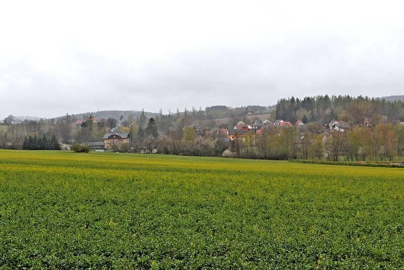Pohled na Střezimíř od Lázní Stupčice.