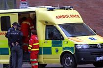 Údajná sebevražda třech nezletilých osob nepotvrdila ani policie ani záchranka.