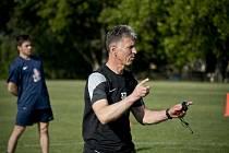 Jaroslav Šilhavý, trenér Jablonce nad Nisou, trénoval fotbalisty Olbramovic v projektu Gambrinus Kopeme za fotbal.