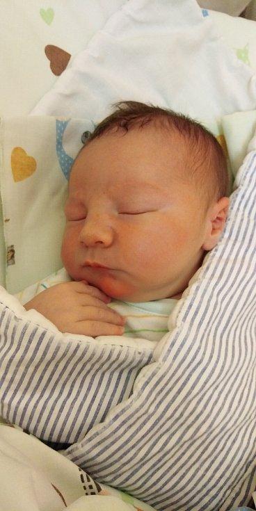 Lukáš Klička se narodil 28. března 2021 v 9. 40 hodin v čáslavské porodnici. Pyšnil se porodní váhou 4170 gramů a délkou 54 centimetrů. Doma v Kluckých Chválovicích ho přivítali maminka Monika, tatínek Lukáš a tříletý bráška Matyášek.