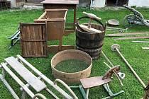 Etnografické předměty, které získalo Muzeum Podblanicka Vlašim, dokumentují tradiční život a hospodaření v okolí Postupic.