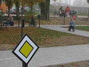 Dopravní hřiště začalo sloužit předškolákům i žákům ZŠ při dopravní výchově.