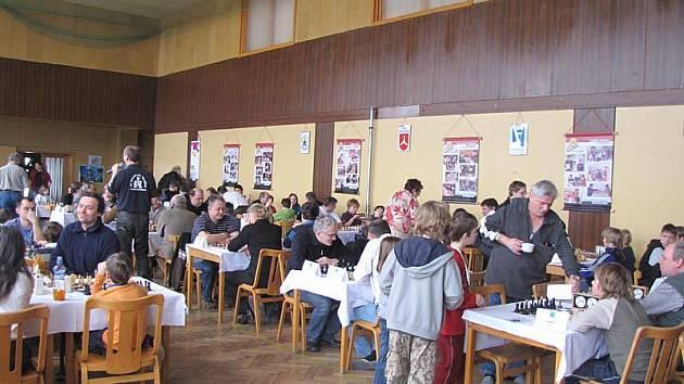 Šachový turnaj v Pravoníně.