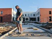 Celková rekonstrukce budov Městského úřadu Týnec nad Sázavou a zdravotnického střediska v ulici K
