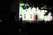Videomapping Světla v parku ve Vlašimi.