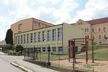 Votická základní škola. Archivní foto.