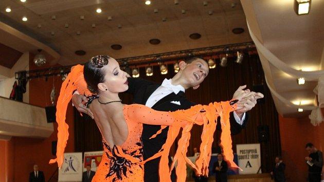 Tanečníci a tanečnice rozvášnili publikum v Týnci