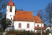 Jeden z kostelů na Benešovsku.