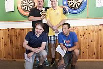 Nejlepší v hlavní kategorii v Mezihoří Open. Vlevo nahoře vítěz Jan Hlaváček z Příbrami, vedle druhý Pavel Sviták, dole třetí Petr Rouč a Daniel Bohony.
