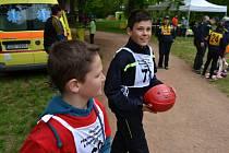 Soutěže Železný hasič junior se ve Veltrusech zúčastnili i mladí zástupci vlašimského sboru dobrovolných hasičů.