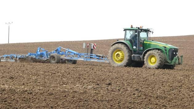 Zemědělci na poli