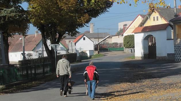 V Křečovicích se kromě filmu Vesničko má středisková natáčely filmy o díle Josefa Suka nebo Farářův konec.