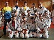Družstvo SKP judo Benešov v Kralupech.