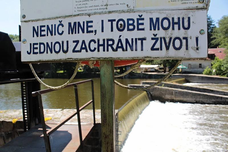 Jez Kaňov u Krhanic.