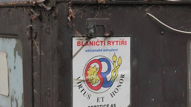 Stav stráně mezi Skrýšovem a Lipovou v neděli 17. listopadu 2013.