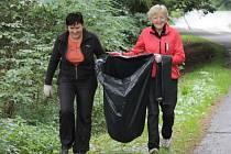 V sobotu 16. dubna se vydají dobrovolníci v celé České republice zbavit přírodu od nepořádku a černých skládek.