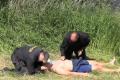 Středočeští policisté se učí záchranu na vodě.