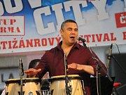 Latinskoamerickým večerem odstartoval třetí ročník festivalu Benešov City Live.